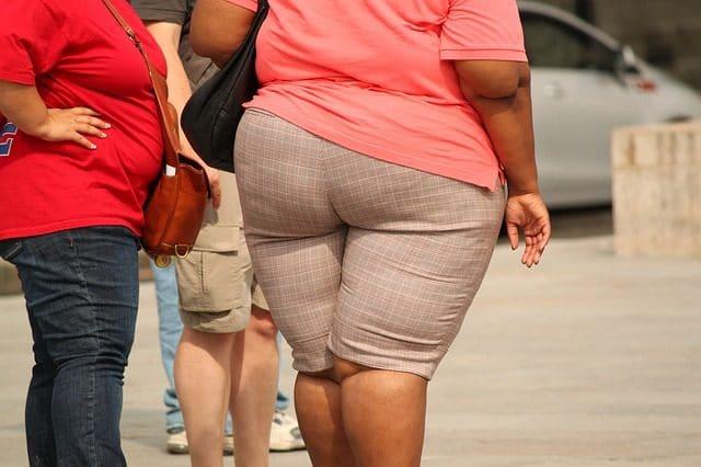 Gruby tyłek, otyłość, nadwaga