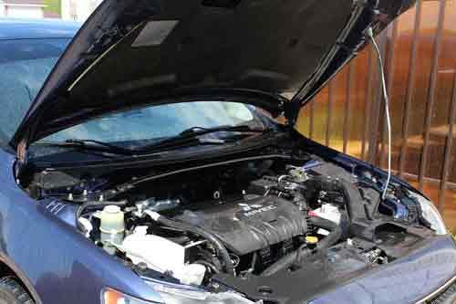 Wizyta u mechanika, źródło: pixabay.com