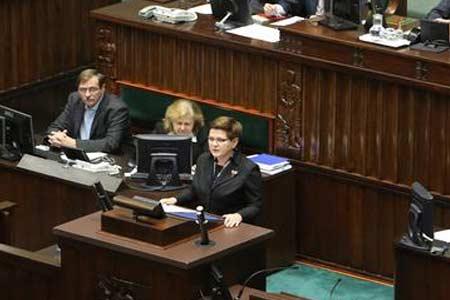 Premier Beata Szydło podczas expose, źródło: sejm.gov.pl/DLA MEDIÓW