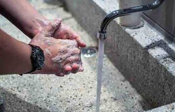 Mycie rąk - jak oszczędzać wodę!